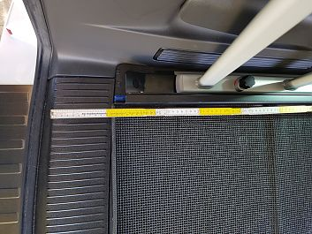 Maß ab Kofferraumkante, vorne